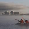 Flecha gigante flotante en la central nuclear de Almaraz