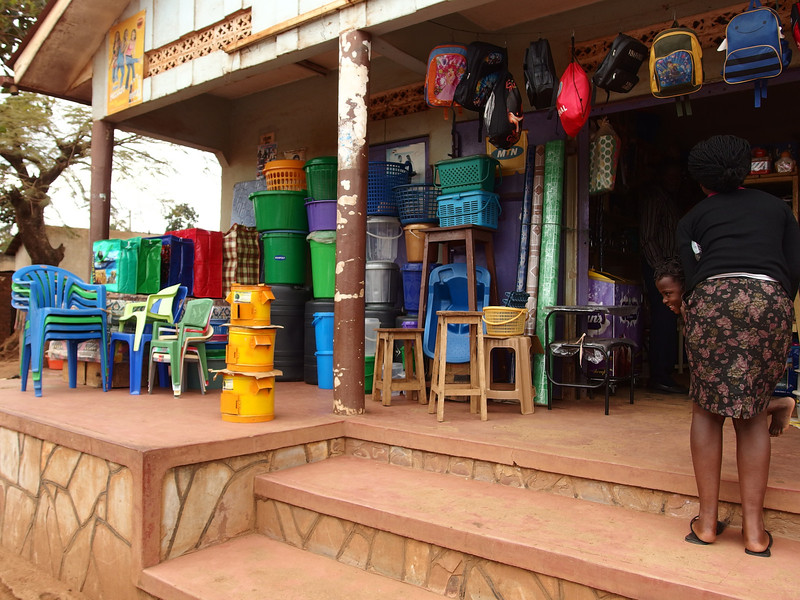The improved stoves are distributed by 900+ retailers across Uganda increase their income by selling stoves in local markets