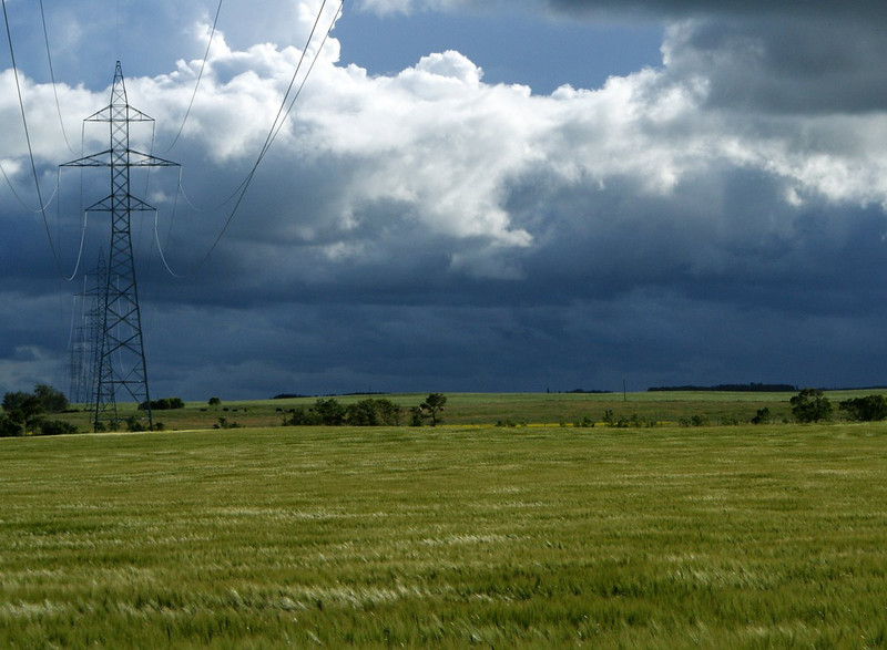 Manitoba Hydro high-power transmission lines and tower