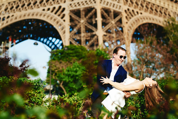 Tour Eiffel Dance