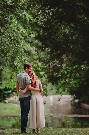 Montreal Wedding Photographer and Videographer | Engagment Photography | Westmount Park | Montreal Quebec | Lindsay Muciy Photography |
