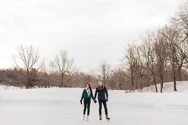 Best Montreal Wedding Lifestyle Photographer | Engagement Photography | Beaver Lake | Lindsay Muciy Photography and Video