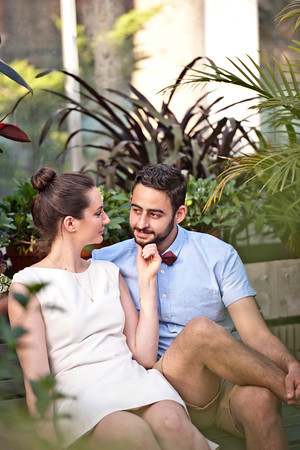 Engagement Photographer | Westmount | Park | Greenhouse | Montreal | Lindsay Muciy Photography