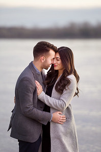 Montreal's top wedding photographer, Lindsay Muciy Photography and Video, met M&A on a sun kissed winter evening for a romantic engagement session. The icy shorelines and the golden sun made for an epic photoshoot. Lots of hugs kept these two toasty warm while LMP photo and video captured them until the sun set.