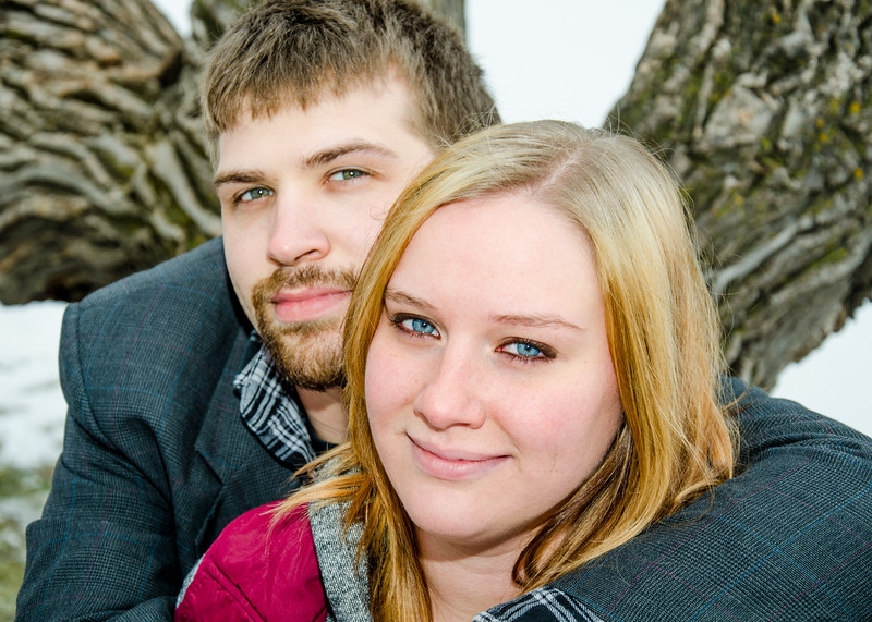 blue eyed blonde engagement session