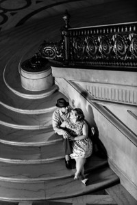 6966-d3_Renee_and_Zak_San_Francisco_City_Hall_Engagement_Photography
