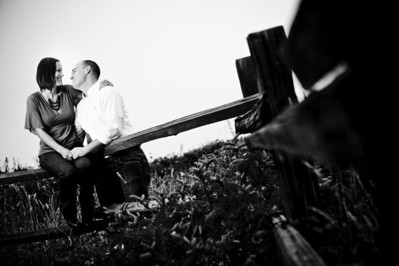 1574-d3_Monica_and_Ben_Fitzgerald_Marine_Reserve_Engagement_Photography