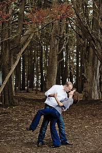1669-d3_Monica_and_Ben_Fitzgerald_Marine_Reserve_Engagement_Photography