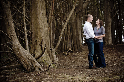 1656-d3_Monica_and_Ben_Fitzgerald_Marine_Reserve_Engagement_Photography