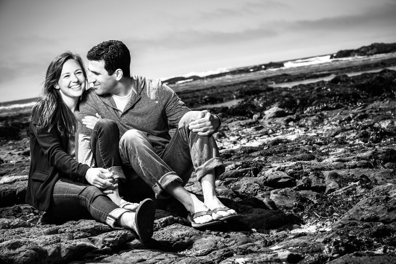 7854_d800b_Crystal_and_Ben_Fitzgerald_Marine_Reserve_Moss_Beach_Engagement_Photography
