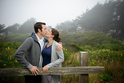 9291_d800a_Zak_and_Molly_Fitzgerald_Marine_Reserve_Moss_Beach_Engagement_Photography