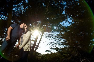 7882_d800a_Liz_and_Scott_Pfeiffer_Beach_Big_Sur_Engagement_Photography