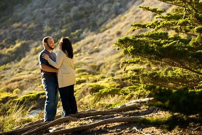 5993_d800b_Liz_and_Scott_Pfeiffer_Beach_Big_Sur_Engagement_Photography