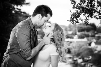 2107_d800_Mark_and_Sarah_Capitola_Engagement_Photography