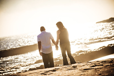5701-d3_Alison_and_Ramir_Santa_Cruz_Engagement_Photography_3-Mile_Beach