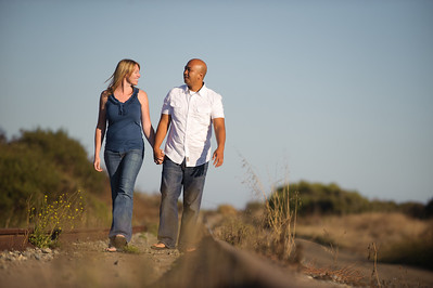5649-d3_Alison_and_Ramir_Santa_Cruz_Engagement_Photography_3-Mile_Beach