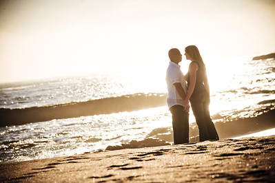 5699-d3_Alison_and_Ramir_Santa_Cruz_Engagement_Photography_3-Mile_Beach