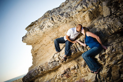 6759-d700_Alison_and_Ramir_Santa_Cruz_Engagement_Photography_3-Mile_Beach