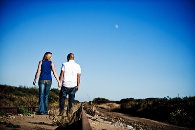 5642-d3_Alison_and_Ramir_Santa_Cruz_Engagement_Photography_3-Mile_Beach