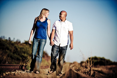 5652-d3_Alison_and_Ramir_Santa_Cruz_Engagement_Photography_3-Mile_Beach