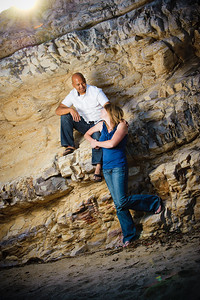 5672-d3_Alison_and_Ramir_Santa_Cruz_Engagement_Photography_3-Mile_Beach