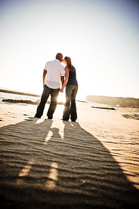 6766-d700_Alison_and_Ramir_Santa_Cruz_Engagement_Photography_3-Mile_Beach
