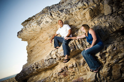 6755-d700_Alison_and_Ramir_Santa_Cruz_Engagement_Photography_3-Mile_Beach