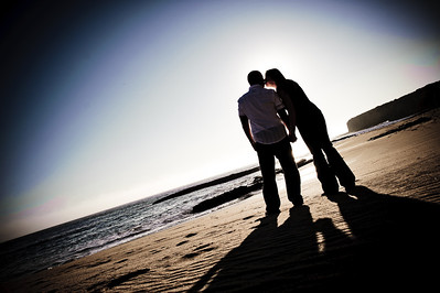 6768-d700_Alison_and_Ramir_Santa_Cruz_Engagement_Photography_3-Mile_Beach