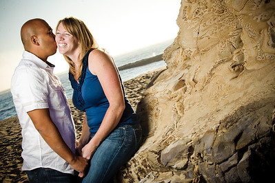 5679-d3_Alison_and_Ramir_Santa_Cruz_Engagement_Photography_3-Mile_Beach