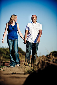 5655-d3_Alison_and_Ramir_Santa_Cruz_Engagement_Photography_3-Mile_Beach