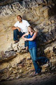 5670-d3_Alison_and_Ramir_Santa_Cruz_Engagement_Photography_3-Mile_Beach