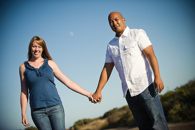 5659-d3_Alison_and_Ramir_Santa_Cruz_Engagement_Photography_3-Mile_Beach
