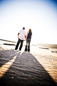 6762-d700_Alison_and_Ramir_Santa_Cruz_Engagement_Photography_3-Mile_Beach
