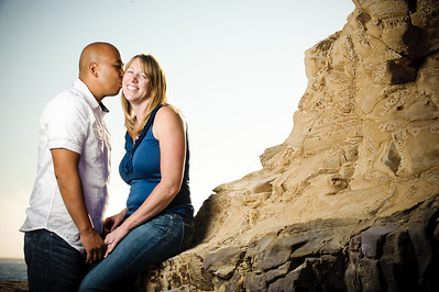 5687-d3_Alison_and_Ramir_Santa_Cruz_Engagement_Photography_3-Mile_Beach