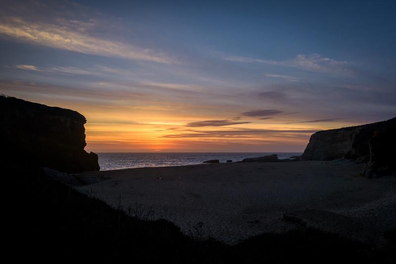 2389_d810_Anna_and_Elliot_Panther_Beach_Santa_Cruz_Engagement_Photography