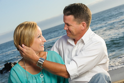 6354-d3_Astra_and_Steve_Panther_Beach_Santa_Cruz_Engagement_Photography