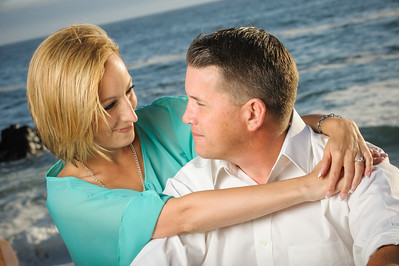 6388-d3_Astra_and_Steve_Panther_Beach_Santa_Cruz_Engagement_Photography