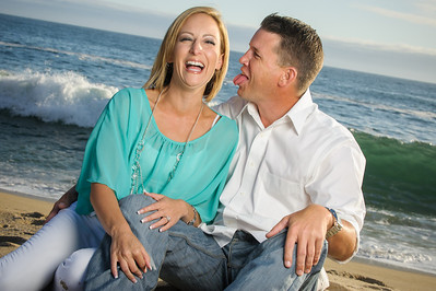 6359-d3_Astra_and_Steve_Panther_Beach_Santa_Cruz_Engagement_Photography