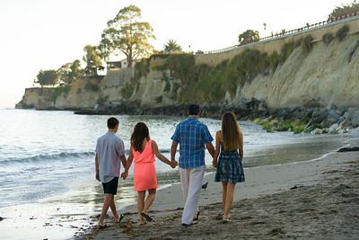 9623_d810a_Autumn_and_Art_Capitola_Engagement_Photography