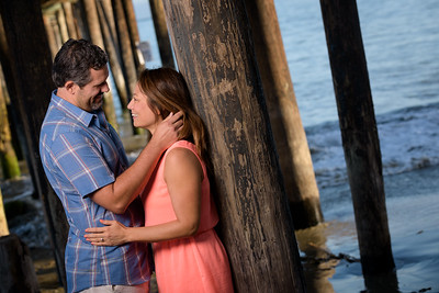 9653_d810a_Autumn_and_Art_Capitola_Engagement_Photography