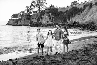9639_d810a_Autumn_and_Art_Capitola_Engagement_Photography