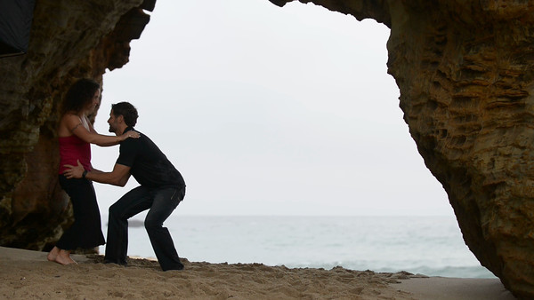 9243_d800_Kelly_and_Ryan_Panther_Beach_Santa_Cruz_Engagement_Photography