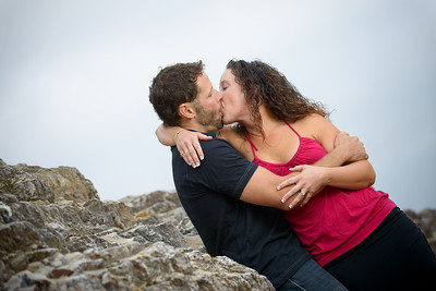 8872_d800_Kelly_and_Ryan_Panther_Beach_Santa_Cruz_Engagement_Photography