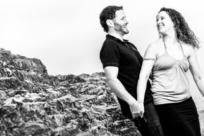 8863_d800_Kelly_and_Ryan_Panther_Beach_Santa_Cruz_Engagement_Photography