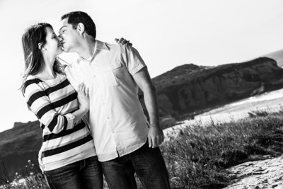 6883_d800_Jamie_and_Matt_Lagunas_Beach_Santa_Cruz_Engagement_Photography