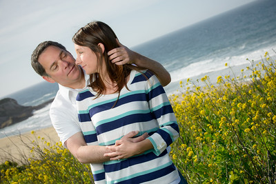 6917_d800_Jamie_and_Matt_Lagunas_Beach_Santa_Cruz_Engagement_Photography
