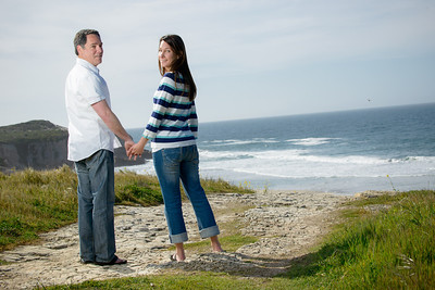 6898_d800_Jamie_and_Matt_Lagunas_Beach_Santa_Cruz_Engagement_Photography