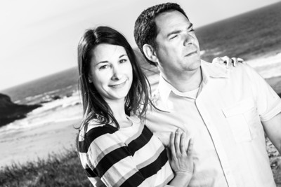6876_d800_Jamie_and_Matt_Lagunas_Beach_Santa_Cruz_Engagement_Photography