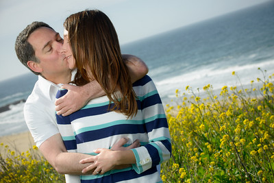 6913_d800_Jamie_and_Matt_Lagunas_Beach_Santa_Cruz_Engagement_Photography
