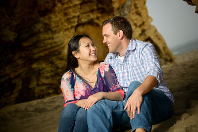 2787_d800b_Lynda_and_John_Panther_Beach_Santa_Cruz_Engagement_Photography